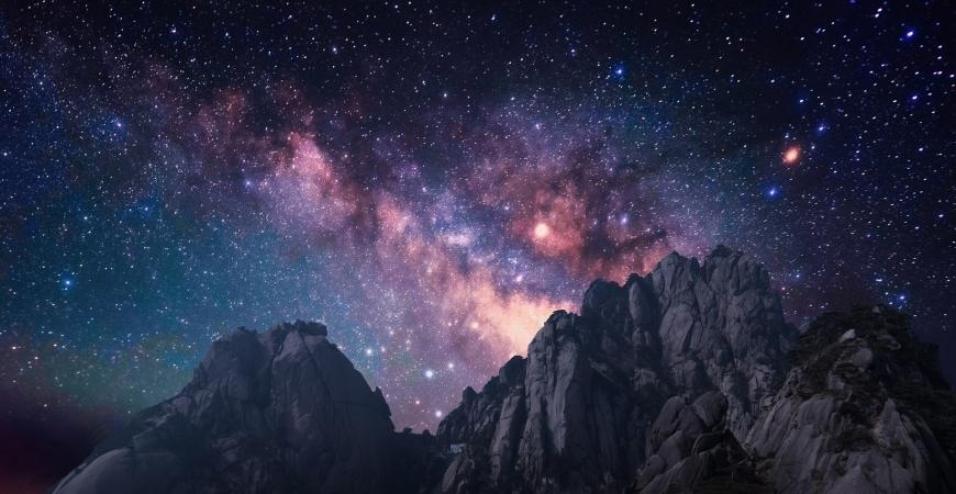Manzara Fotoğrafları dağlar ardından gökyüzü şöleni